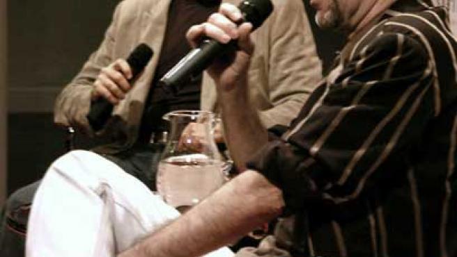 Los cantautores, en la rueda de prensa de Zaragoza.