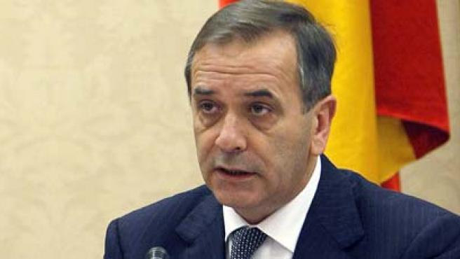 José Antonio Alonso durante su comparecencia en la Comisión de Defensa del Congreso.