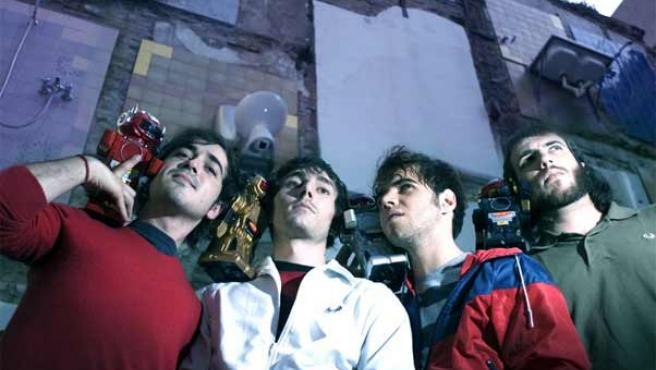 Los integrantes de Mendetz, en una imagen en Photobucket.