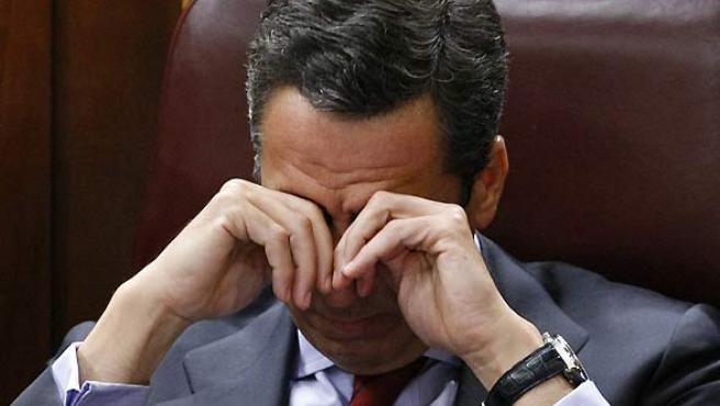 El portavoz del PP en el Congreso, Eduardo Zaplana, durante el debate sobre el estado de la Nación. (EFE).