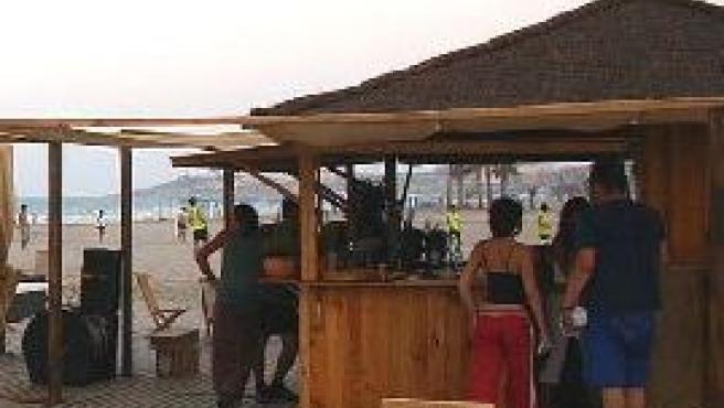 Uno de los chiringuitos veraniegos que se instalan en las playas de la ciudad y sus alrededores.