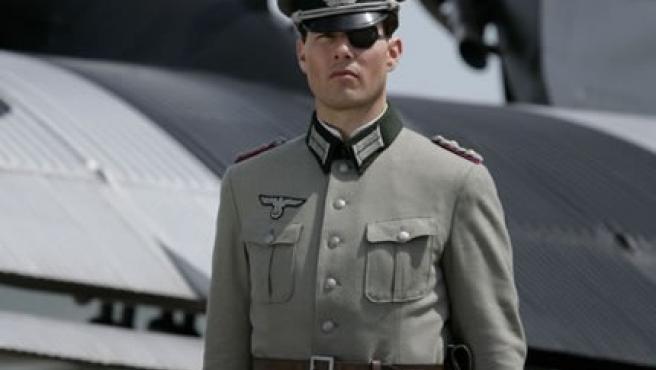Tom Cruise caracterizado como el coronel Claus von Stauffenberg.