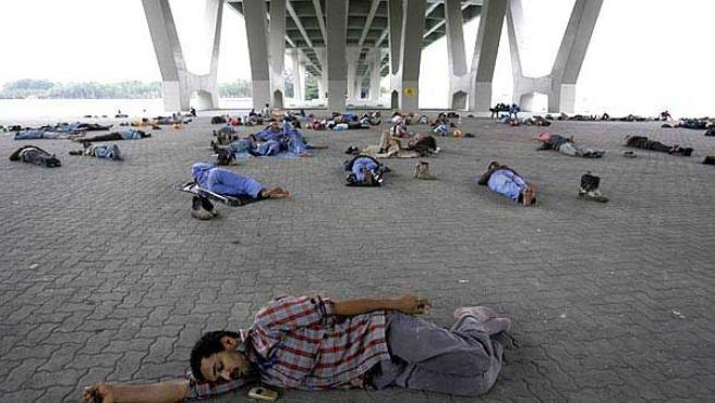 En otros lugares, como en Singapur, la siesta está más que instaurada... de forma popular (Foto: Reuters)