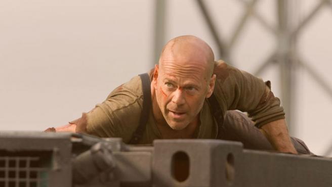El actor Bruce Willis en la cuarta entrega de 'La jungla de cristal'
