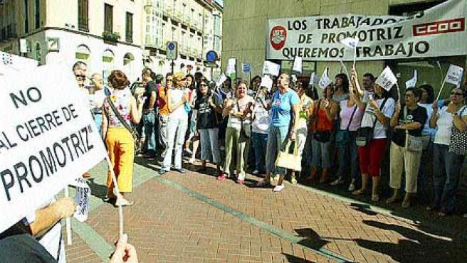 Trabajadoras de la multinacional Promotriz.