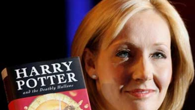 Harry Potter and the Deathly Hallows, el último ejemplar de la saga de J.K. Rowling