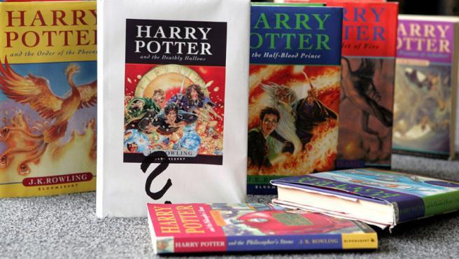 Tomos de la saga de Harry Potter.