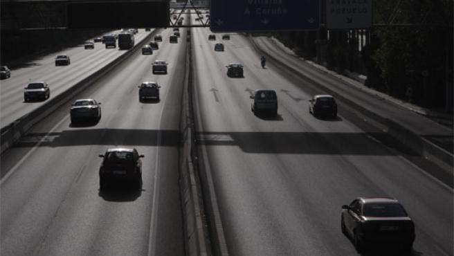 Carretera de Madrid con tráfico fluido pese al inicio de la operación salida.