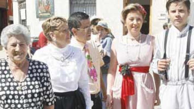 Osorno desempolva los viejos vestidos para vivir un día de fiesta