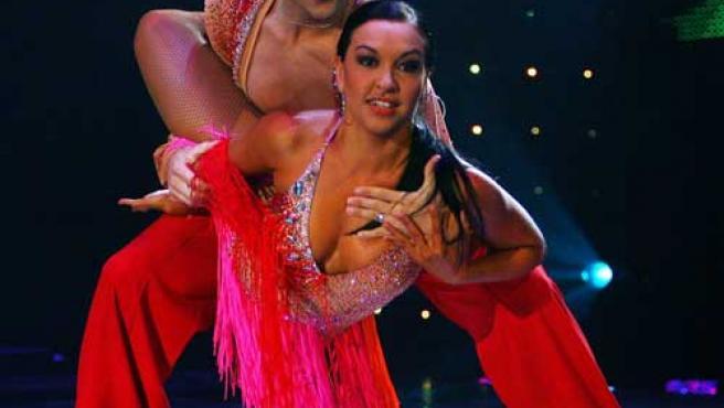 Los bailarines españoles Abraham Martínez y Amagoya Benlloch.