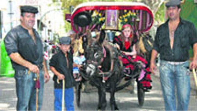 El Paseo Alfonso X acogió ayer la celebración del Día del Caballo, con una exhibición de los mejores carros y animales de Murcia. (Lara Roda)