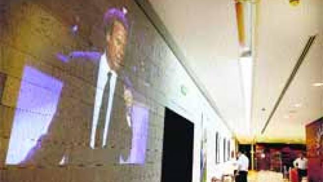 El artista Julio Iglesias es el protagonista durante todo este mes de una exposición.(Ical)