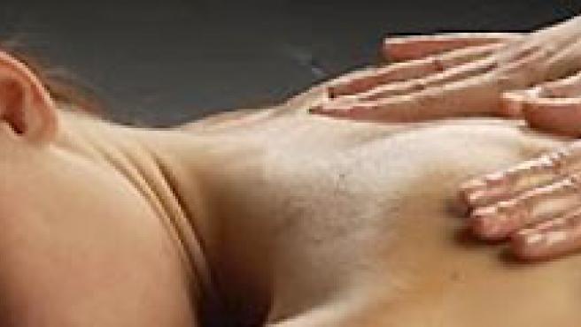 La piel de tu pareja puede ser estimulada de muy diversas maneras. (ARCHIVO).