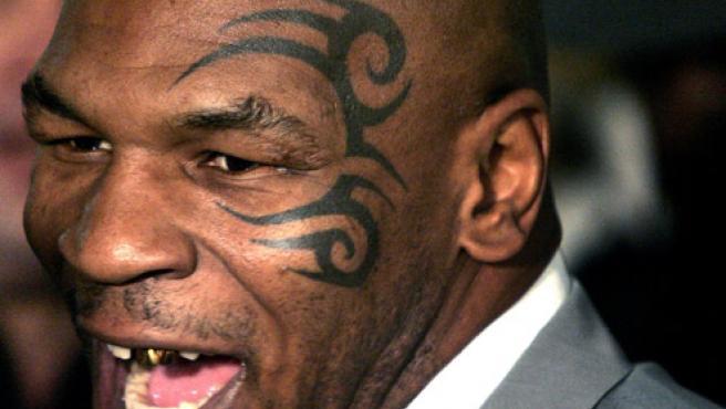 Primer plano de Mike Tyson en una foto de archivo (REUTERS).