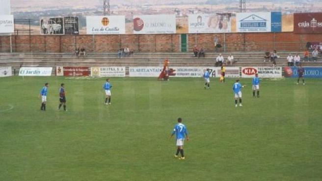 La gimnástica segoviana venció en el derbi provincial en un partido de buen fútbol. FOTO: J. GIL