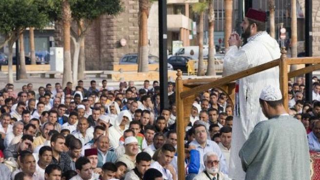 Los fieles musulmanes también celebran el mes de Ramadán en nuestro país (ARCHIVO)