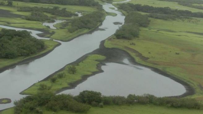 Las pintorescas márgenes del río Eo a su paso por Lugo.