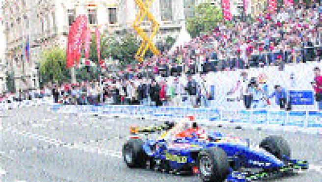 Villa reunió a más gente que Alonso en la celebración de su primer título mundial (50.000).