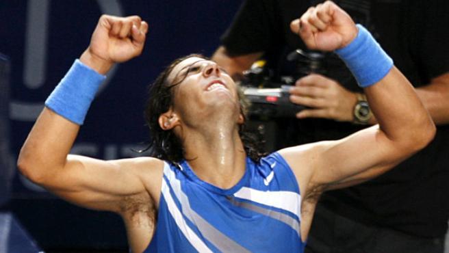 Rafa Nadal celebra su victoria. (REUTERS)