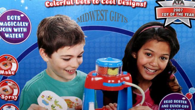 Anuncio de Aqua Dots, uno de los juguetes más populares de EE UU.