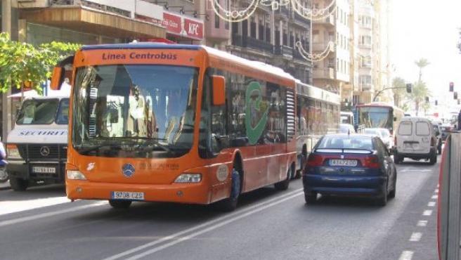 Un bus eléctrico podría unir Valencia con Cullera.