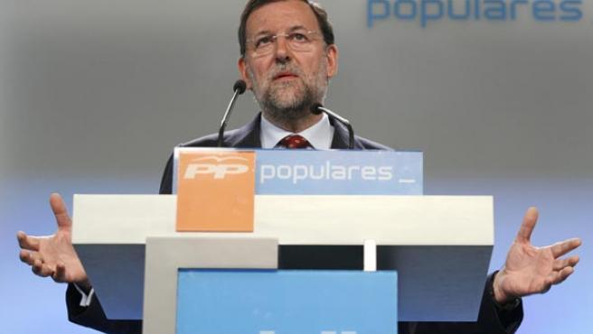 El presidente del PP, Mariano Rajoy, durante la rueda de prensa en la que ha presentado las líneas generales de su programa electoral.