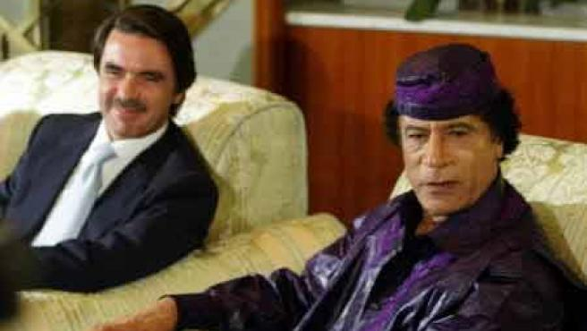 Gadafi y Aznar, reunidos en una anterior ocasión.