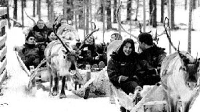 Trineo tirado por renos. (Reuters)