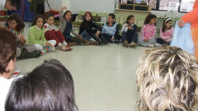 Varios de los niños del proyecto Redgrave durante la jornada de puertas abiertas.