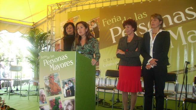 Lola Padrón, durante la presentación de la II Feria de Personas Mayores.