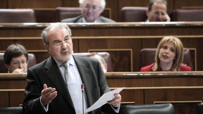 El vicepresidente segundo del Gobierno, Pedro Solbes, durante una de sus intervenciones en el Congreso de los Diputados.