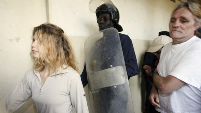 Emilie Lelouche y Alain Peligat, dos de los cooperantes franceses detenidos en Chad (Foto: Reuters).