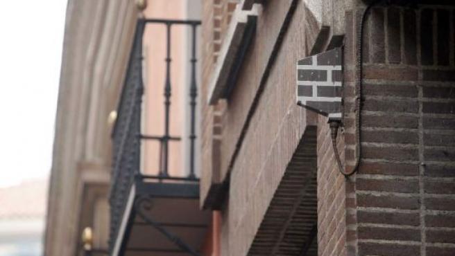 Una picoantena simulada para mimetizarse con la pared.