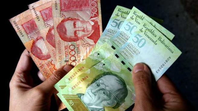 El Bolivar fuerte: nueva moneda venezolana. (EFE)