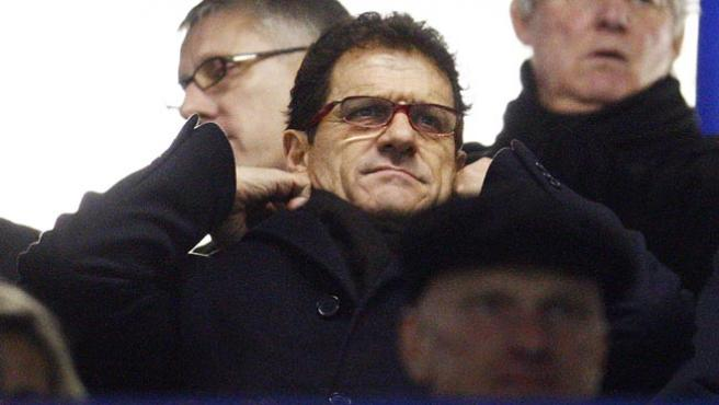Capello, en la grada de Stamford Bridge (reuters).