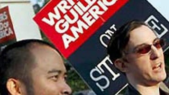 Los guionistas de Hollywood iniciaron su huelga el pasado mes noviembre. (ARCHIVO).
