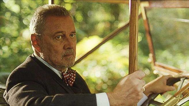 El actor Carlos Larrañaga en 'Luz de domingo', de José Luis Garci.