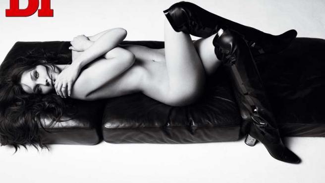 Carla Bruni posa para la revista 'DT'.
