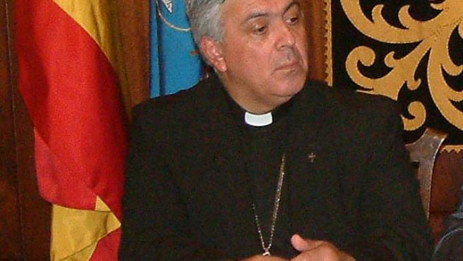 El Obispo de Tenerife. (ARCHIVO)