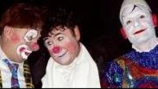 El clown David Larible, en el centro.