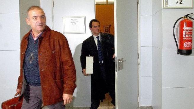 Fernando García, padre de Miriam, a la salida del juzgado.