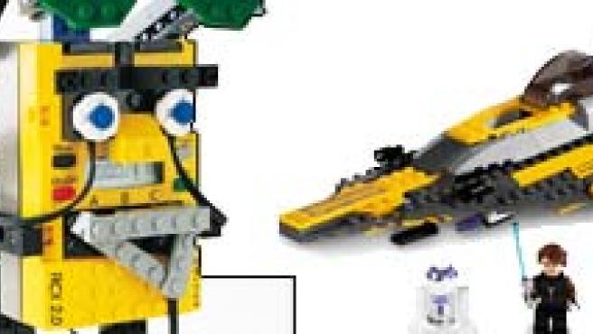 Varias creaciones con piezas de Lego.