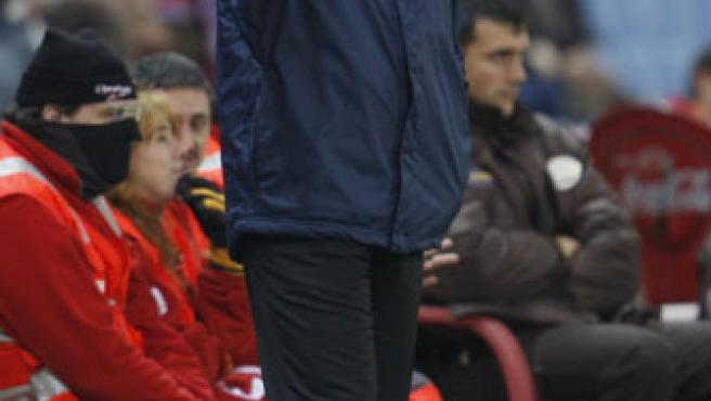 Koeman, durante el partido de Copa ante el Atlético de Madrid. (EFE)