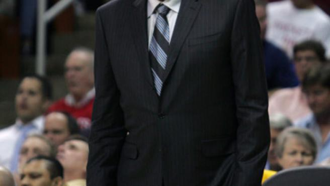 Phil Jackson, entrenador de los Lakers.