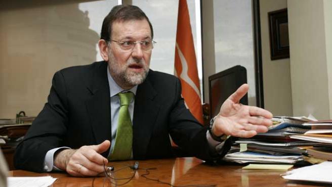 Mariano Rajoy, durante la entrevista. (J. PARÍS)