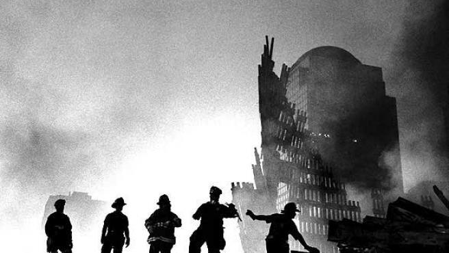 Una de las más de 1.300 fotografías sobre la tragedia del 11-S y los días posteriores a los atentados (Efe).