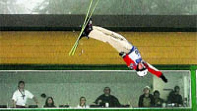 Los jueces se quedaron atónitos al ser testigos de las maniobras aéreas del canadiense Travis Gerrits (REUTERS).