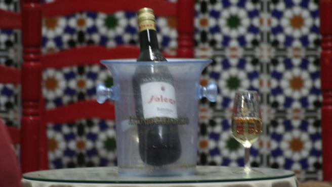 La exportación de vino, joya del comercio exterior gaditano, también en declive. JOSÉ GARCÍA