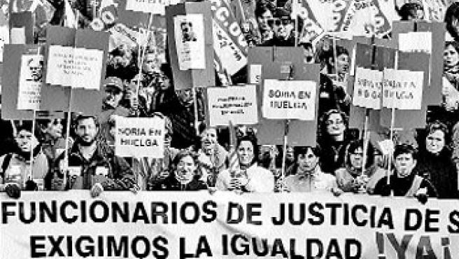 Trabajadores de la Administración de Justicia no transferida. (EFE)