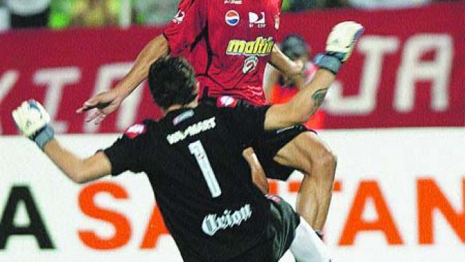 El Caracas FC venció a San Lorenzo 2-0.(Efe)